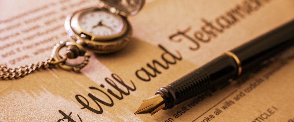 """Eredità, prima del """"sì"""" occhio a eventuali debiti"""